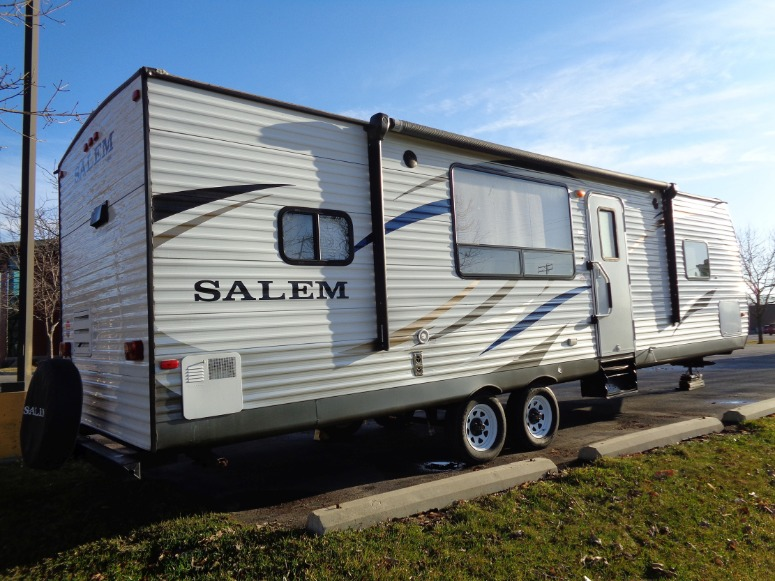 camper for sale, side entry view